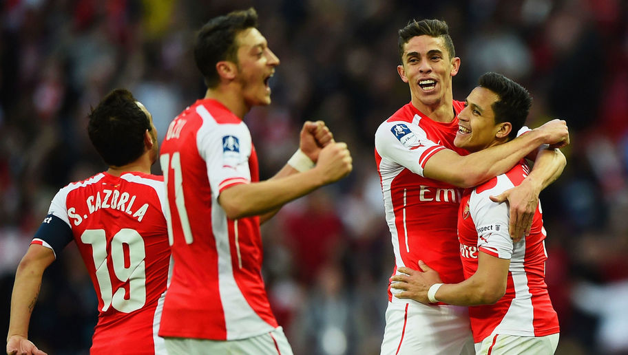 Arsene Wenger Insists Star Duo's Future Won't Be Decided by Champions League Status