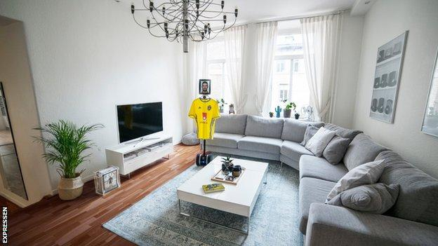World Cup 2018: Sweden fan house-sits striker Marcus Berg's apartment