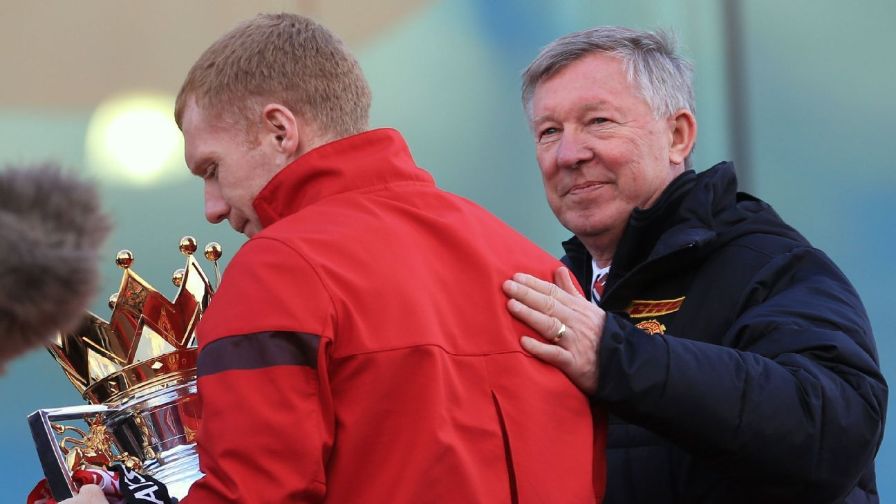 Sir Alex Ferguson hails 'perfect player' Paul Scholes in video message for Man United tribute