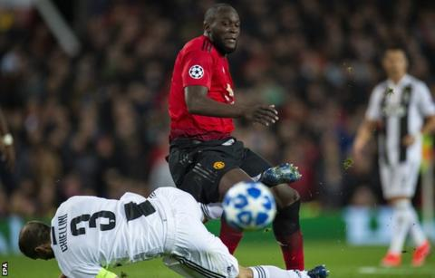 Goals will come for misfiring Lukaku says Mourinho