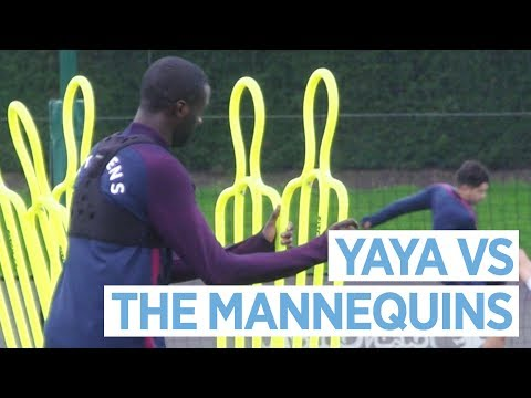 YAYA VS THE MANNEQUINS | Man City Training