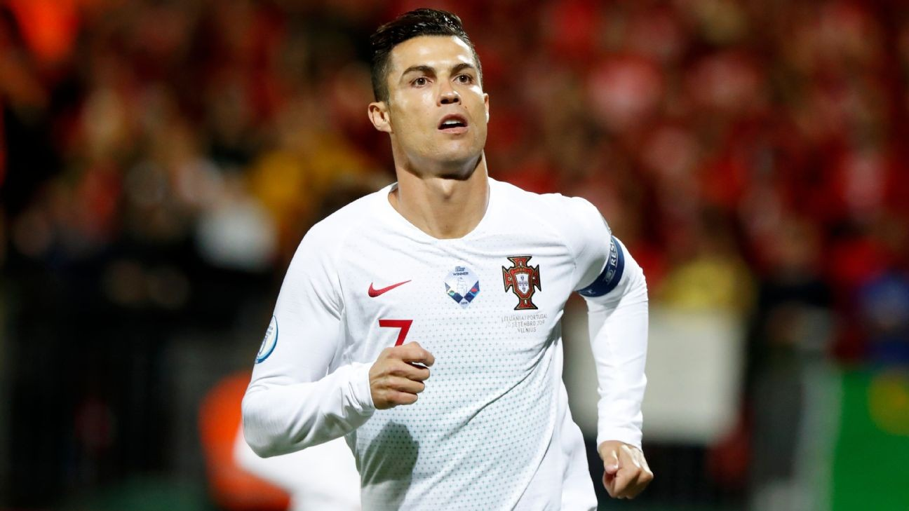 Mourinho: Ronaldo's success worthy of study