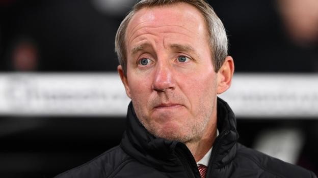 Lee Bowyer: Charlton Athletic boss 'nearly there' on signing new contract