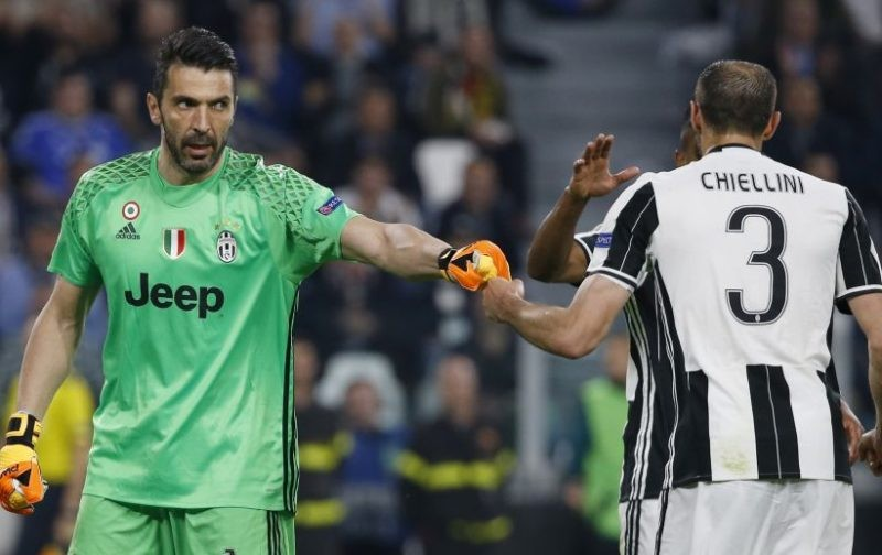 Juventus tie Buffon and Chiellini down to extensions