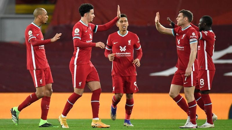 Evans gaffe helps Liverpool beat Leicester City