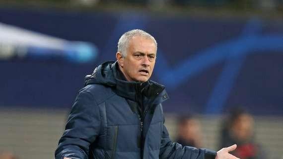 OFFICIAL - AS Roma name MOURINHO new boss
