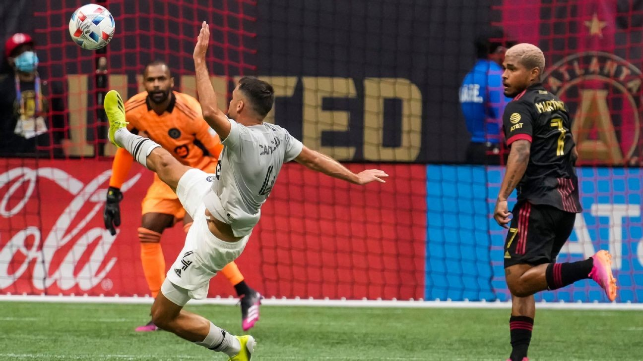 Atlanta beats Montreal in front of 40,000 fans