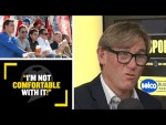 """""""I'M NOT COMFORTABLE WITH IT!"""" 😬 Simon Jordan isn't keen on alcohol being allowed in the stands"""